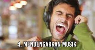 Mendengarkan musik adalah Kegiatan Menyenangkan Pengganti Olahraga