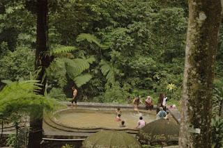Tempat Wisata  Pemandian Air Panas Nglimut