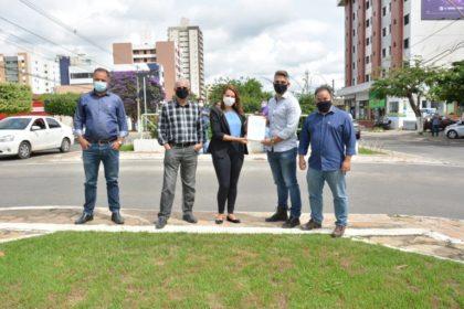 Avenida Olivia Flores | Sheila assina Ordem de Serviço para mais uma obra em Vitória da Conquista