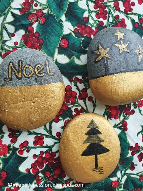 Painted Christmas Rocks