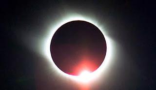 2014-ben két hold- és két napfogyatkozásnak leszünk szemtanúi