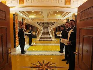 Tampil Hotel Mewah Burj Al Arab di Dubai - 1