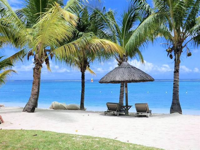 Blue Bay Mauritius (C) JUREBU