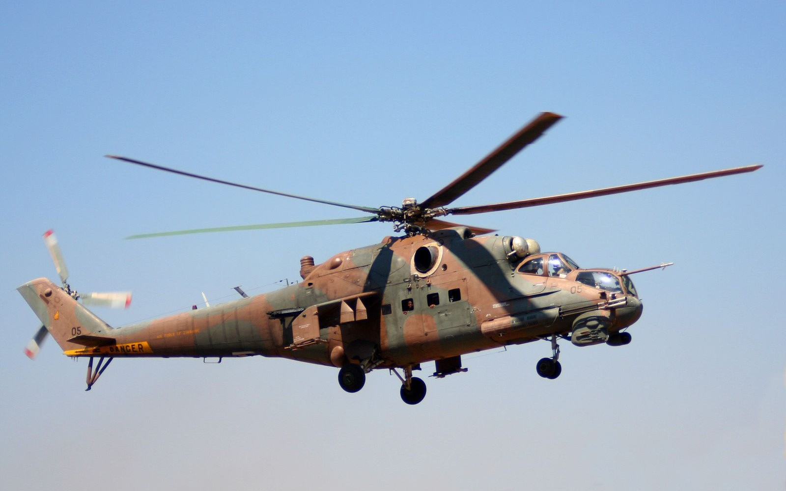 Air Force Helicopter Crash Lands In Chitungwiza After Developing Fault Mid Air!