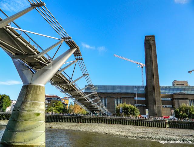 Londres: a Millenium Bridge e a galeria Tate Modern