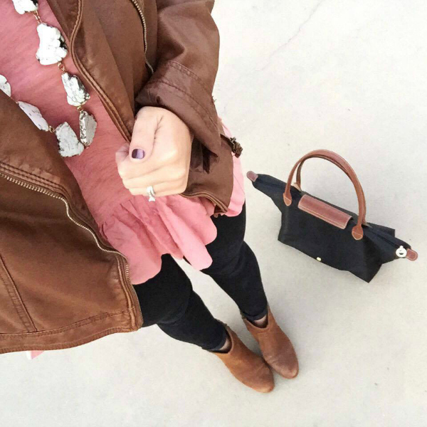 faux leather jacket, outfit selfie