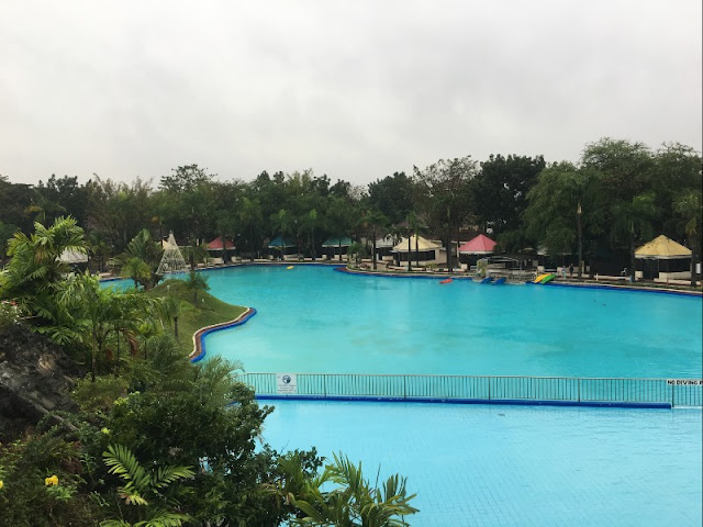 Club Manila East is very near Taytay Mega Tiangge in Taytay Rizal. Learn how to get there and their operating hours.