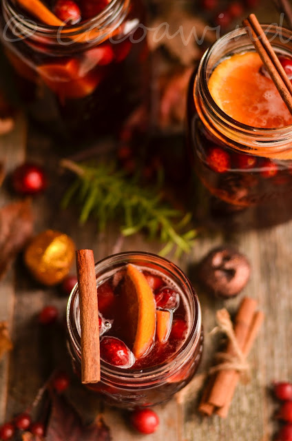 Holiday Apple Cider Sangria - Cocoawind
