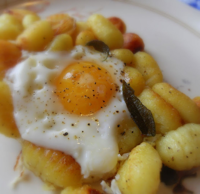 Pan Fried Potato Gnocchi & Egg