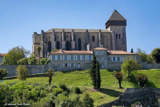 Catedral de Santa María en Saint Bertrand de Comminges por El Guisante Verde Project