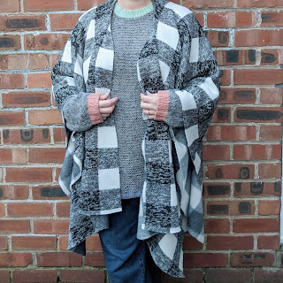 no sew shawl in black and white check worn open
