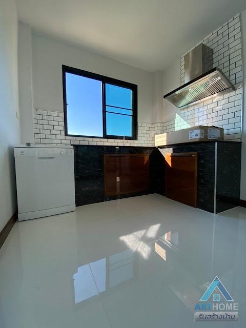 ห้องครัวบ้านราคา 1.85 ล้านบาท