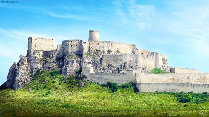 Spissky Castle (Spisske Podhradie, Slovakia).