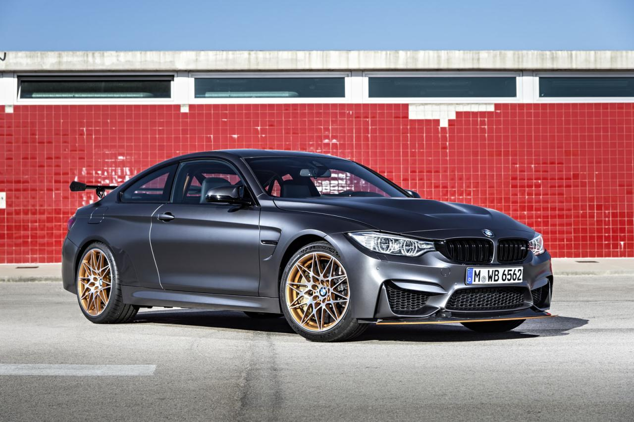 Motoring Malaysia Bmw M4 Gts And Bmw 3 0 Csl Homage Receive 2015 Auto Bild Sports Car Of The Year Award