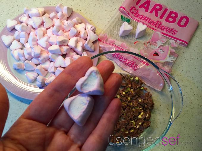 smores-dip-marshmallow-cikolata-tatli-tarif-usengec-sef