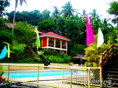 Private villa with swimming pool in Villa Sylvia Report Nagcarlan Laguna Philippines