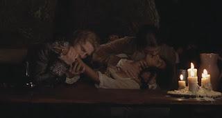 interview with the vampire the vampire chronicles-tom cruise-bellina logan-brad pitt
