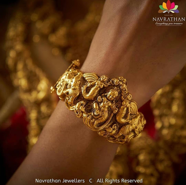 Temple Jewellery from Navrathan Jewellers