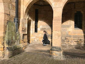 kids in hogwarts robes at alnwick castle