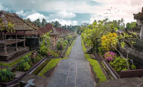 Wisata Desa dengan Kearifan Lokal