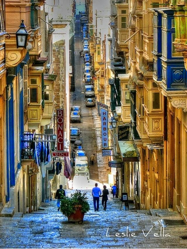 10 Hottest Summer Destinations In Europe | St. Ursula Street, Valletta, Malta