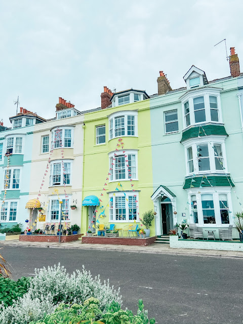 pastel houses in weymouth