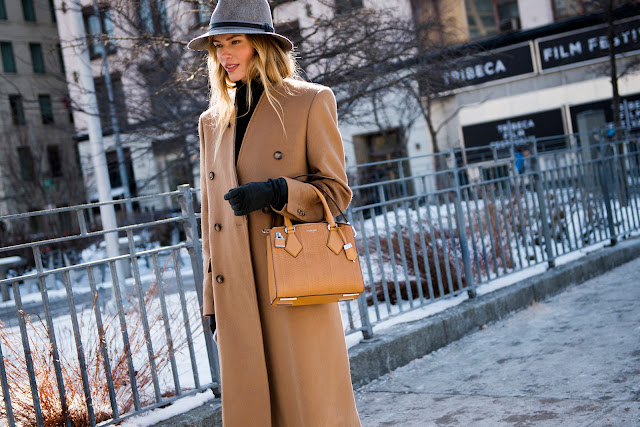 camel coat street style camel coat outfit how to wear camel coat winter 2017 trend