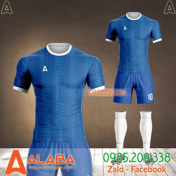 áo bóng đá màu xanh bích 2021