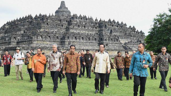 Viral Ustadz Sofyan Chalid Sebut Wisata ke Candi Borobudur Haram