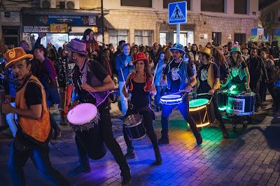 Batuca Madrid / Batucada con leds y luces