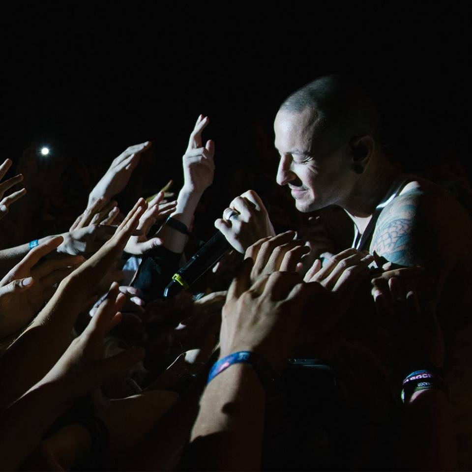 hennemusic: AUDIO: Linkin Park stream Steve Aoki Chester