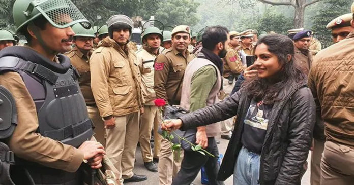My India Valentine Valentine's Day Protest Against Citizenship Law,www.thekeralatimes.com