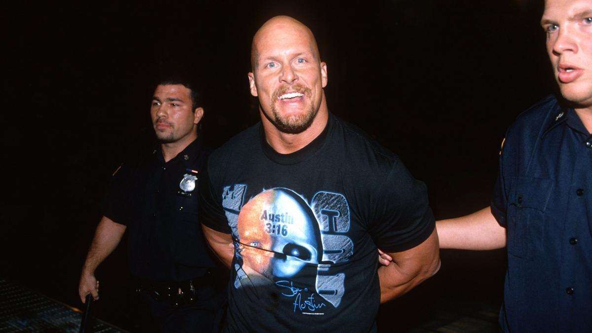 Vince McMahon já abordou Steve Austin várias vezes para um possível retorno aos ringues