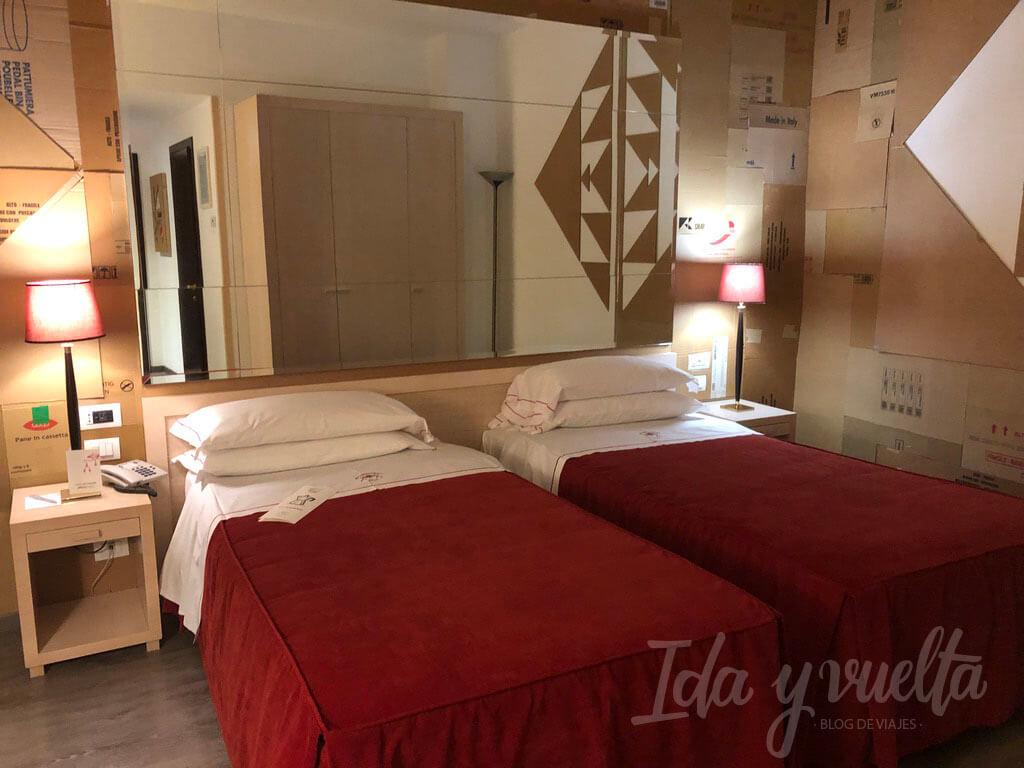 Hotel Al Cappello Rosso Bolonia habitación Cheap