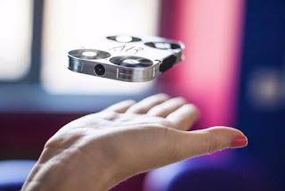 AirSelfie, Drone Mungil Bisa Jadi PowerBank