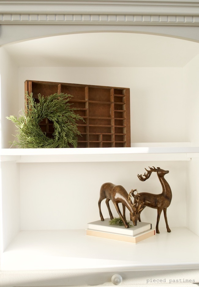 Minimalist Christmas Decor at Pieced Pastimes