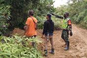 Libatkan Warga, Babinsa Koramil Pauh Jajal Hutan Desa