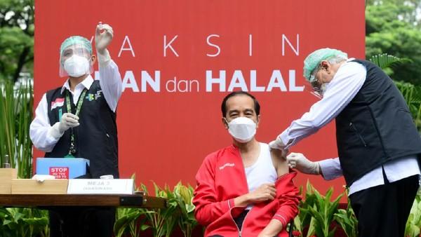 Jokowi: Bulan Puasa Vaksinasi Malam Hari, Siang di Daerah Nonmuslim