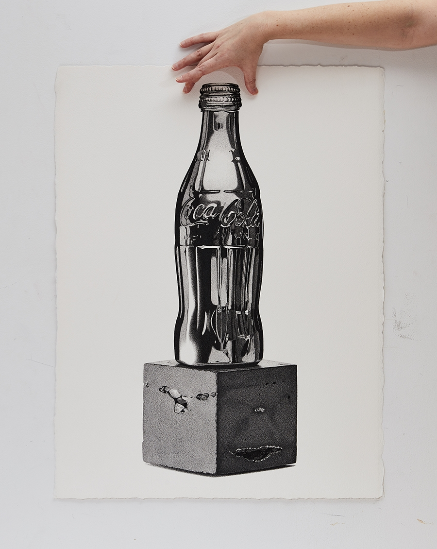 07-Coca-Cola-Bottle-CJ-Hendry-Bronzed-Trophy-Series-Drawings-that-look-like-Photographs-www-designstack-co