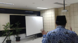 DPRD Kota Bandung Punya Ruangan Karaoke