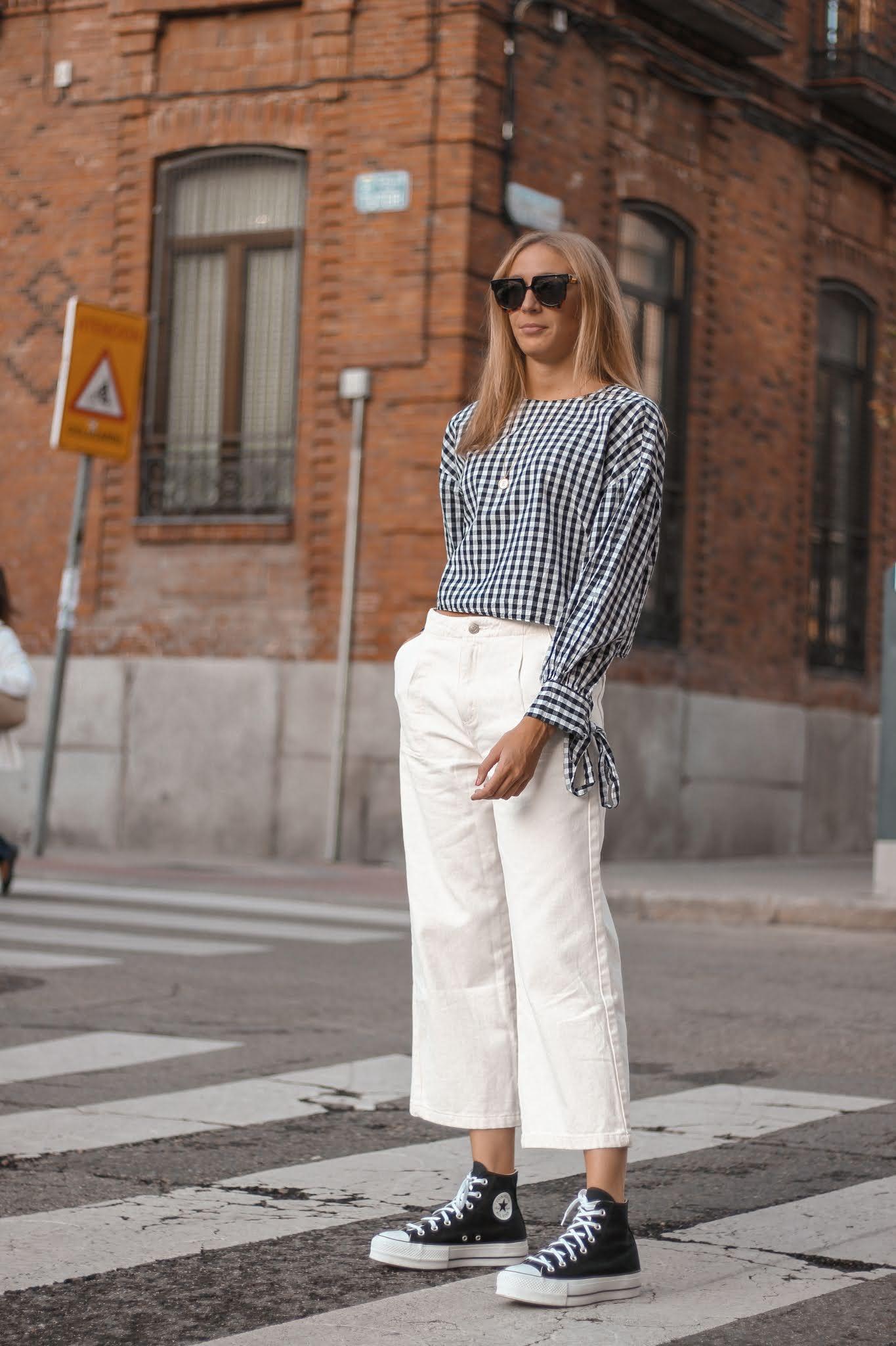 white-culotte-pants-platform-black-converse