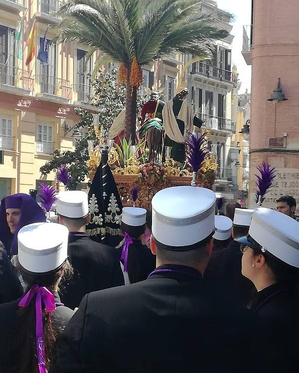 La Pollinica de Málaga renueva a la Agrupacion Musical Dulce Nombre para el 2020