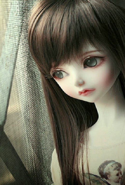 Sad Baby Girl Wallpaper Download Sad Dolls I M So Lonely