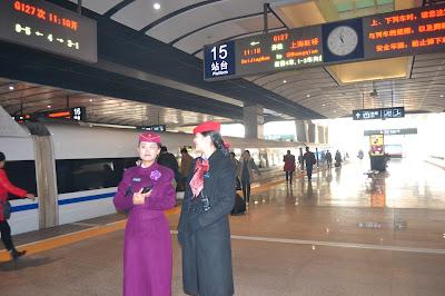 beijing stasiun kereta china cina