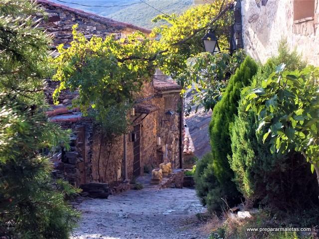 Patones de Arriba pueblo bonito Madrid