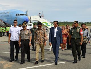 Berkunjung Ke Sumbar, Presiden Resmikan KA Bandara Minangkabau