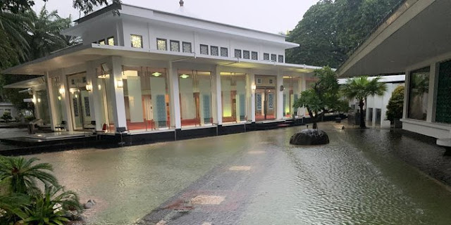 Alamak, Dikepung Banjir, Istana Kepresidenan Jakarta Tergenang