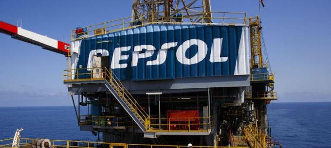 La multinacional Repsol anuncia que abandona sus actividades en Marruecos.
