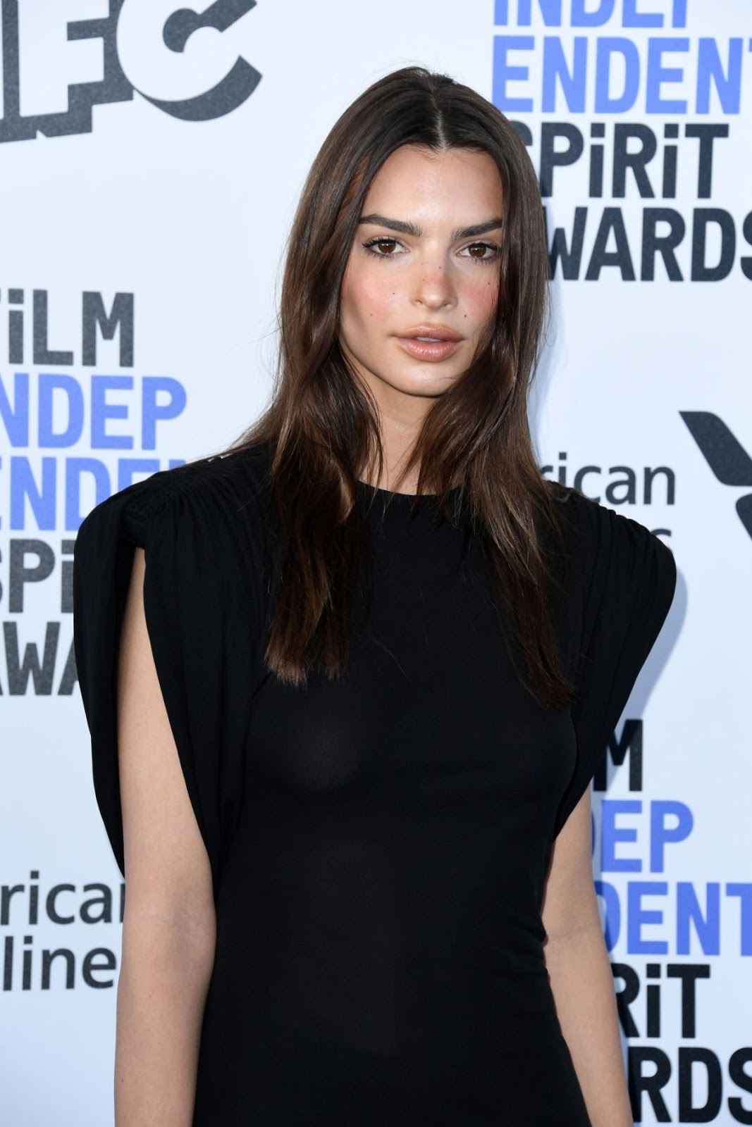 Emily Ratajkowski at 2020 Film Independent Spirit Awards in Santa Monica - Sat Feb 08 2020