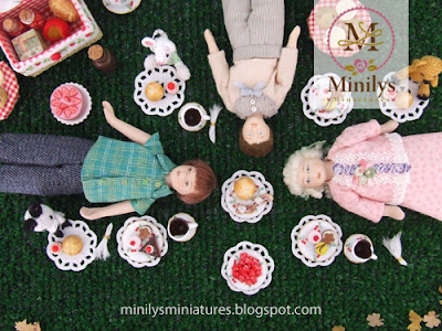 """minilys miniatures"" ""cakes"" ""picnic"" 1:12"